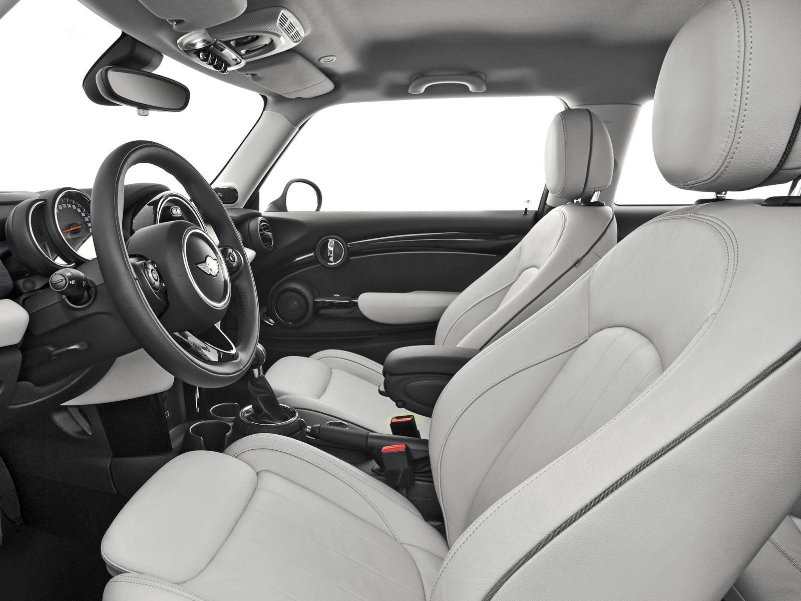 interior mini 1