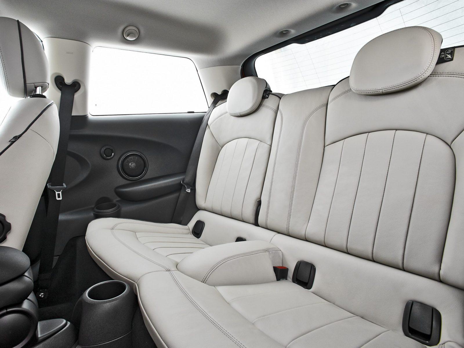 interior mini 2