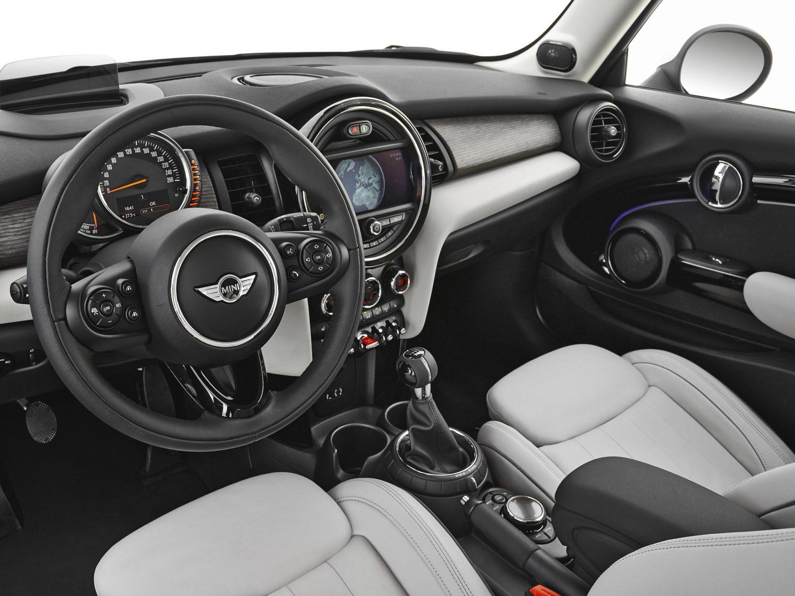 interior mini 3
