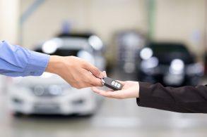 VEJA ISSO: 5 dicas para comprar carro 0km