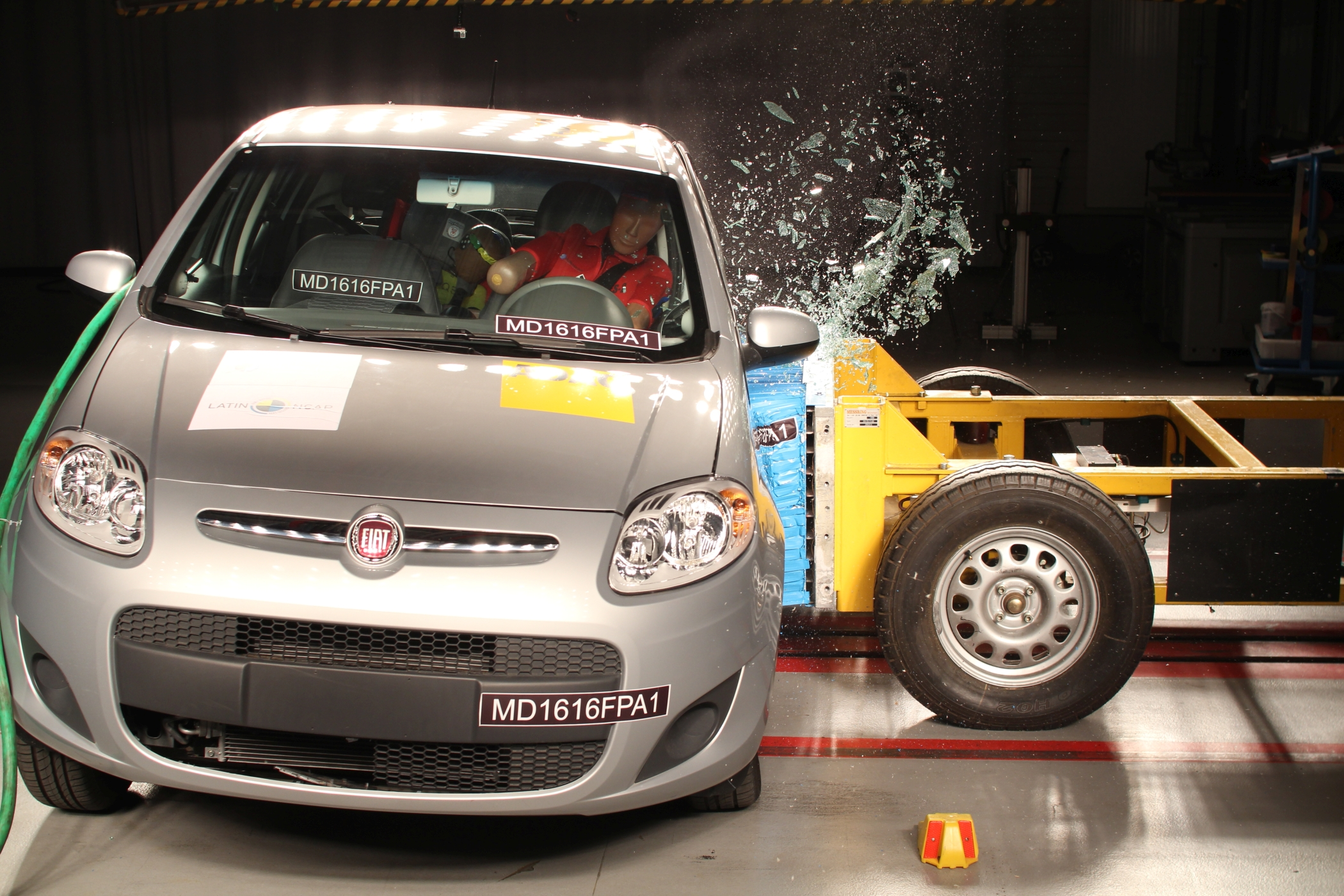 FiatNewPalio 2airbags side