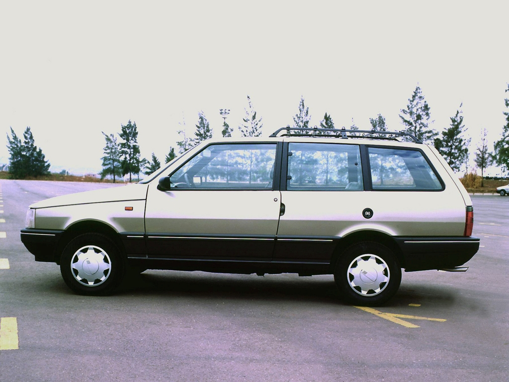 Carros estranhos Stranger Things Fiat Elba