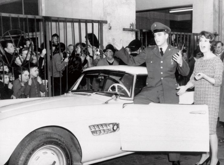 BMW 507 de Elvis Presley foi restaurado
