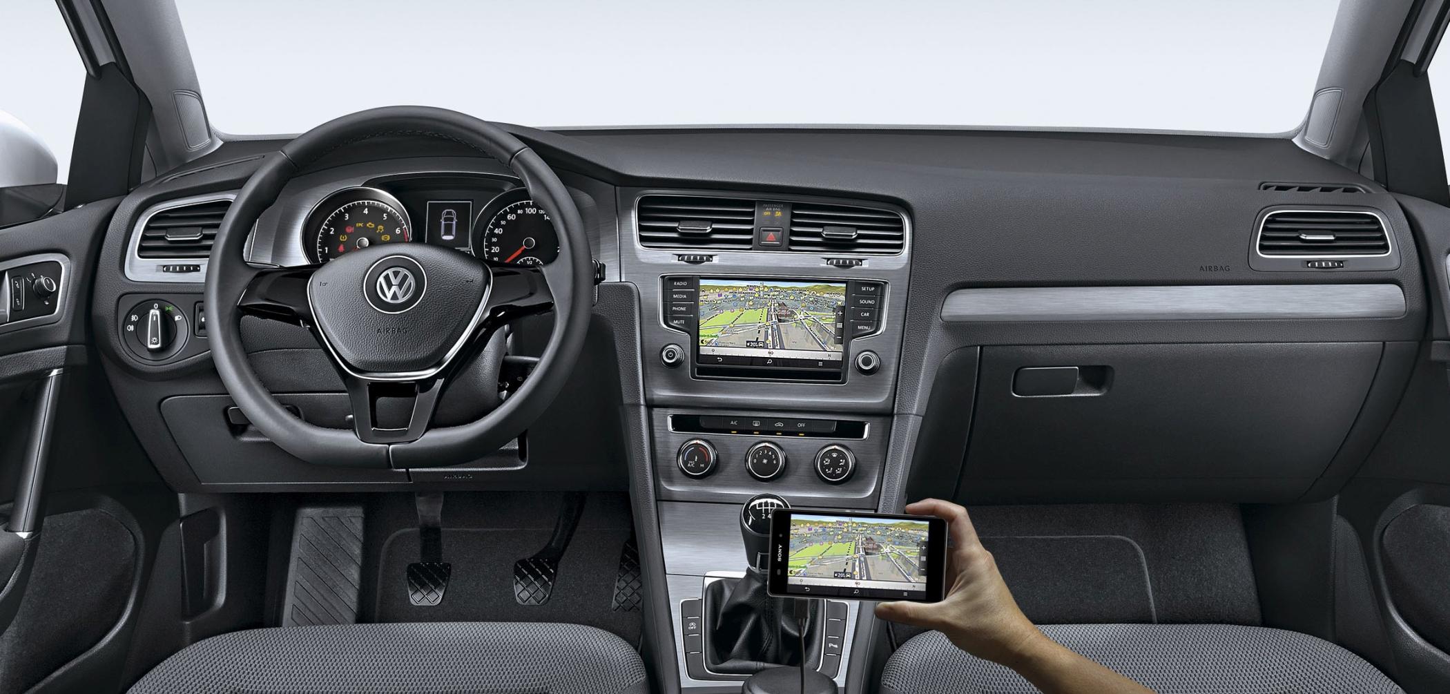 VW Golf 1.0 TSI: interior é o mesmo do restante da linha