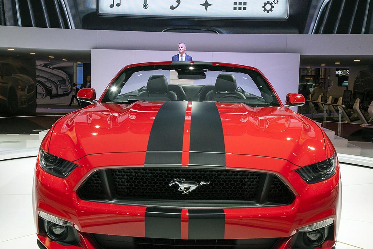 Ford Mustang conversível