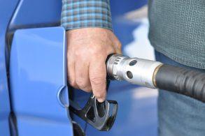 Carro flex acostuma com combustível?