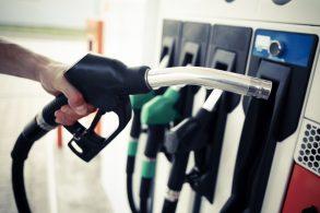 Aviso aos viajantes: cuidado com combustível adulterado