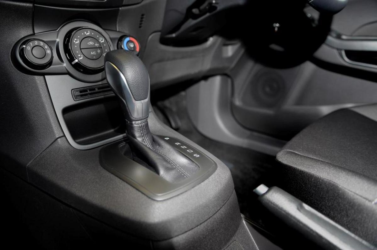 câmbio powershift ford fiesta 1.0: Após recalls e mudanças na garantia, a Ford enfim desistiu da transmissão que só dava problemas, de trepidações a avisos de temperatura.