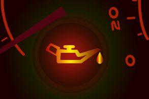 Luz de alerta do óleo não indica (necessariamente) que o nível está baixo