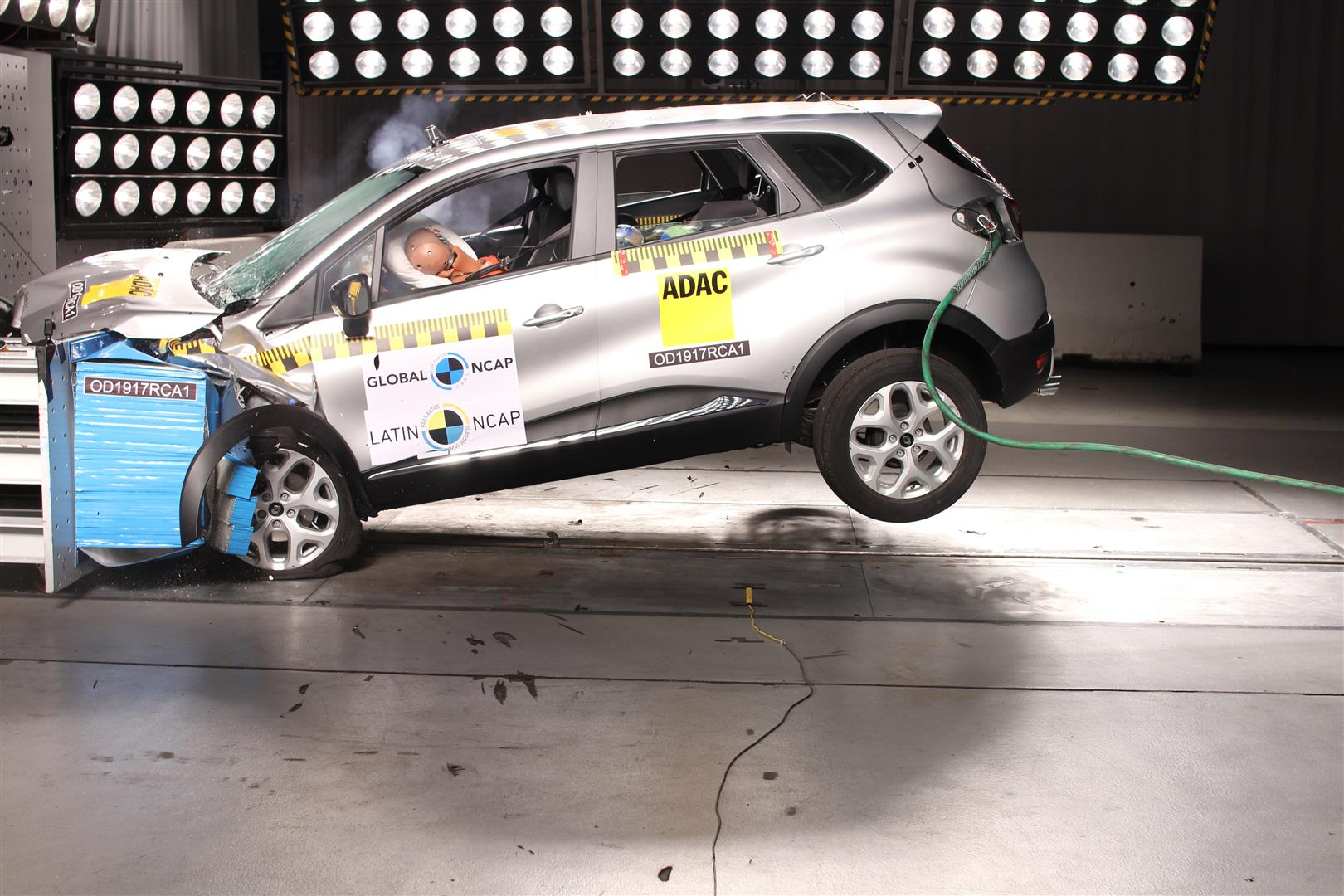 renault captur em crash test do latin ncap