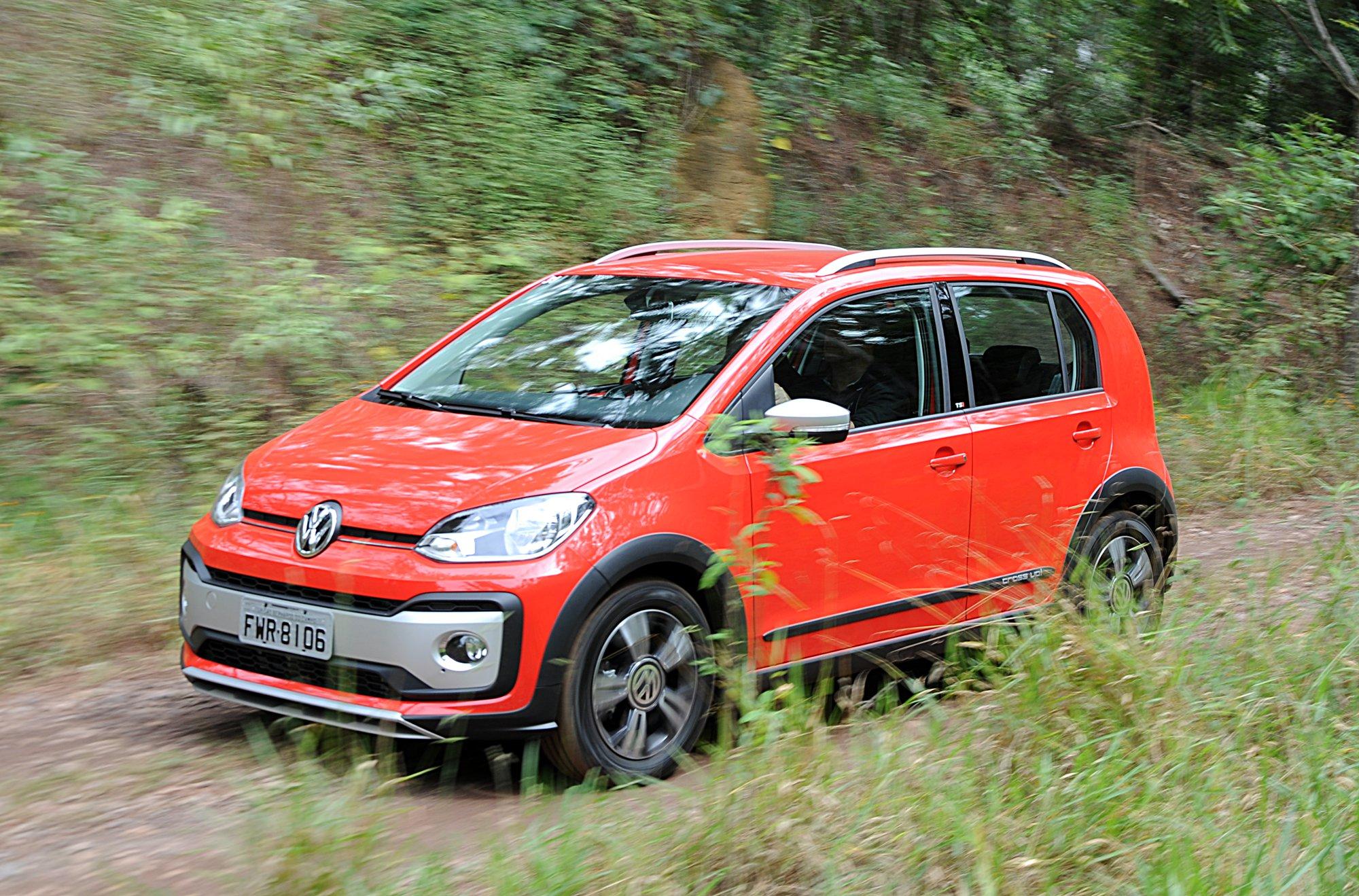 Volkswagen cross up! TSI 2018