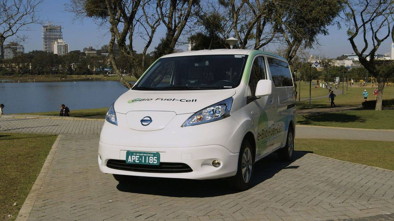 O conceito da Nissan com fuel cell, ou célula de combustível, pode ser considerado um elétrico a etanol e foi apresentado no Brasil em 2016.