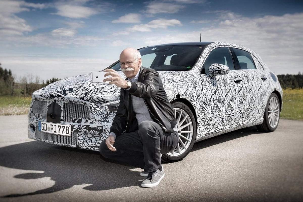 Dieter Zetsche, que também comanda a Mercedes-Benz, disse que acidentes da Boeing comprometem a confiança do público em sistemas autônomos.