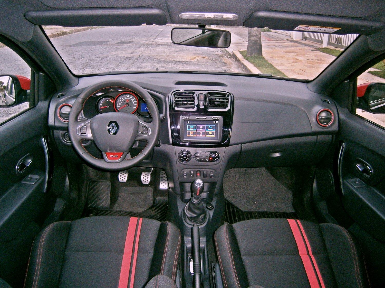 Renault Sandero R.S Racing Spirit interior