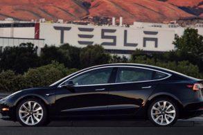 Tesla não cumpre meta de entregas do Model 3