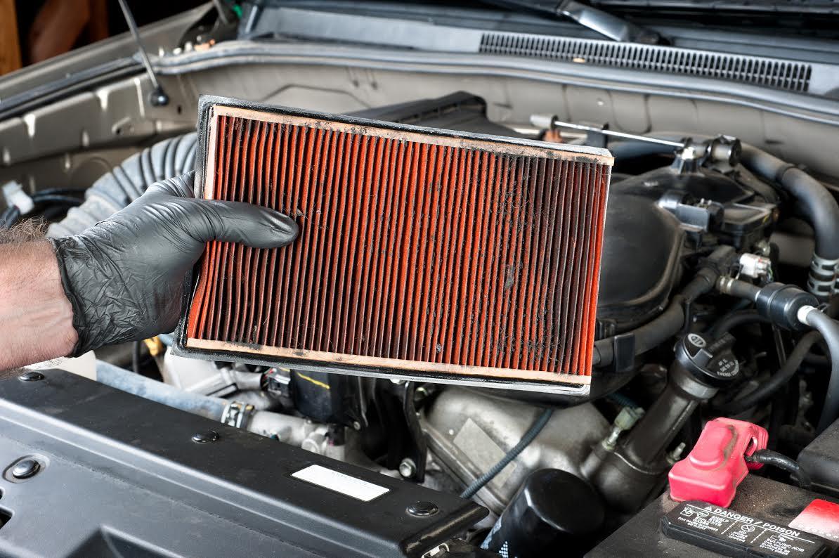 Ao comprar um carro usado, troque os filtros