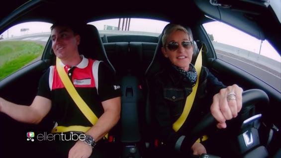 Ellen durante sua visita ao Porsche Experience (Foto: Reprodução)
