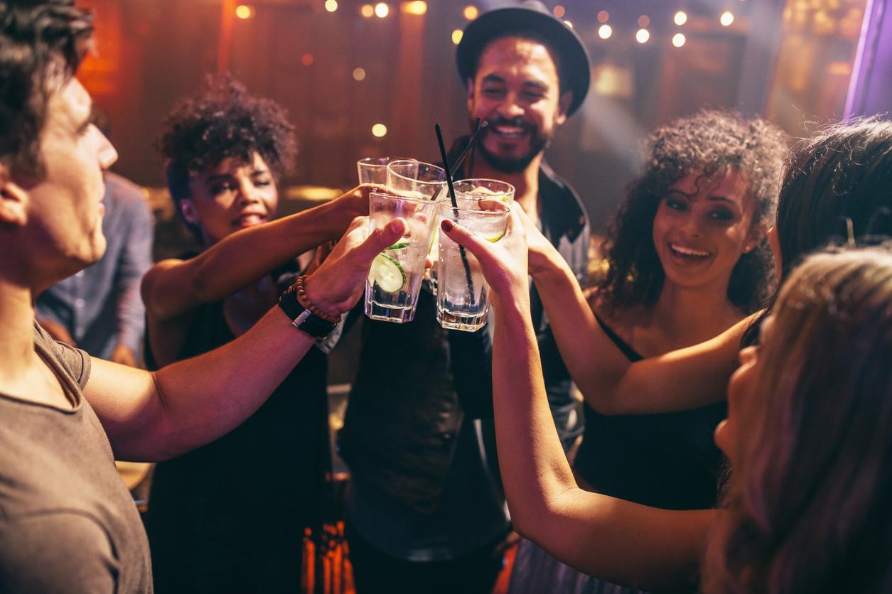 festa bebida alcool cerveja Existe limite seguro para se beber e dirigir?