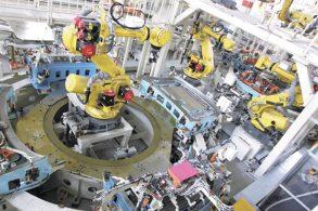 Nissan suspende produção de automóveis no Japão
