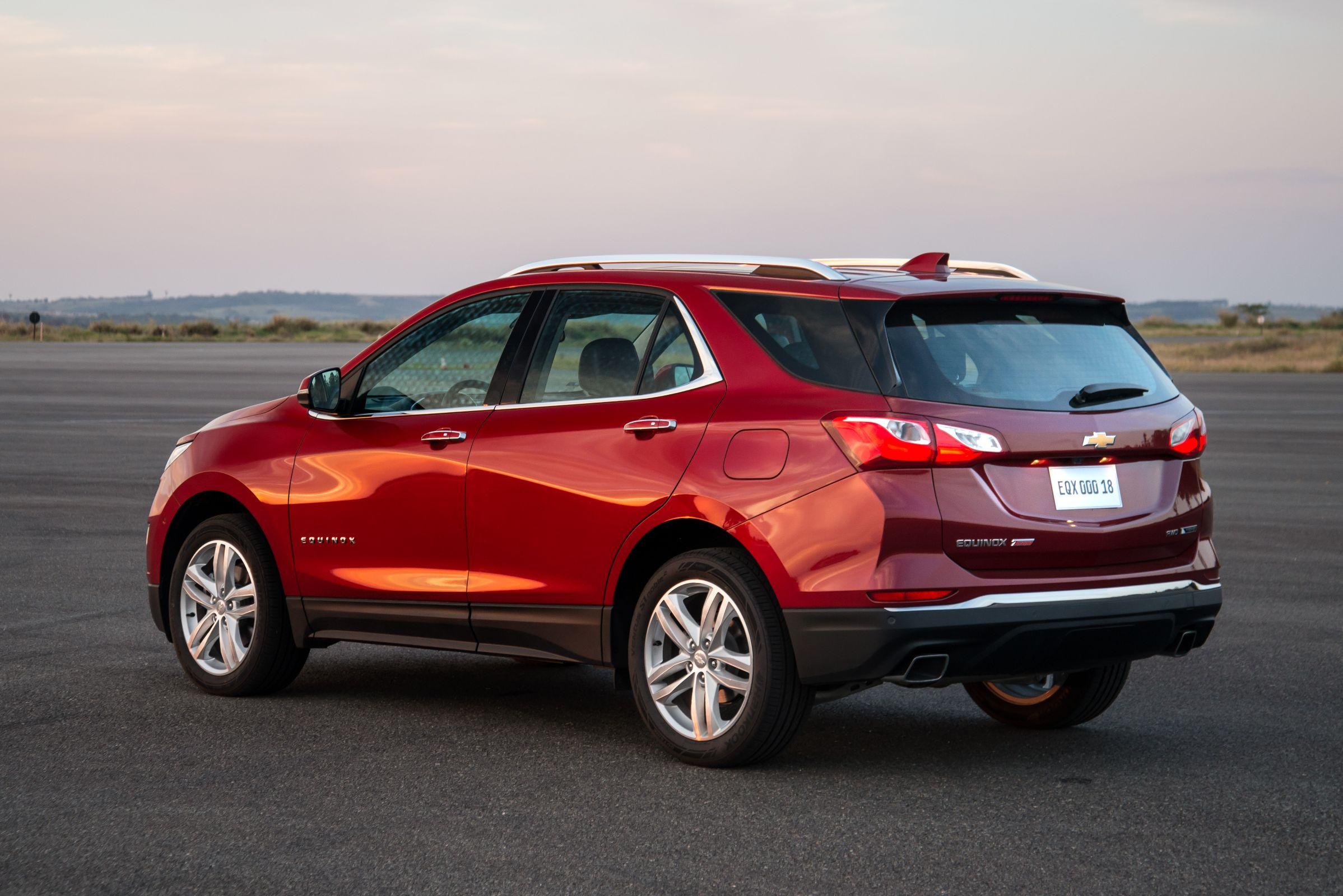 Traseira: Saiba os detalhes do novo SUV Chevrolet Equinox 2018, que chega em versão única e com preço de R$ 150 mil para enfrentar concorrentes.