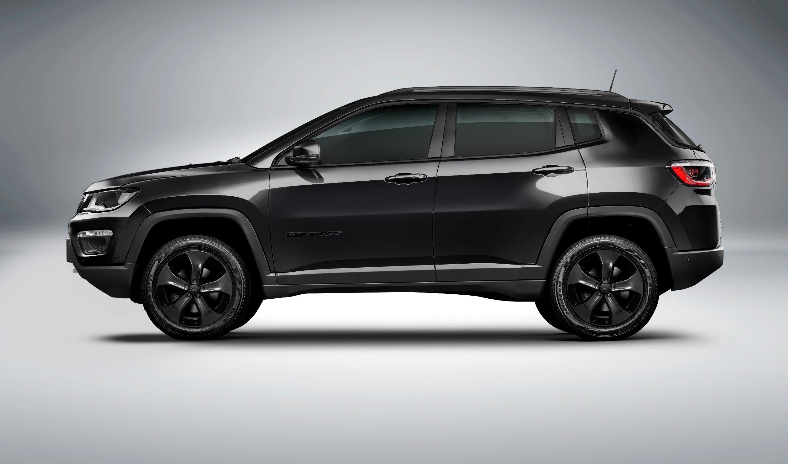 Night Eagle: Jeep Compass em versão dark | AutoPapo