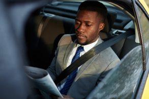 Você usa o cinto de segurança no banco de trás?