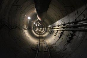 Elon Musk revela imagem de túnel construído pela Boring Company
