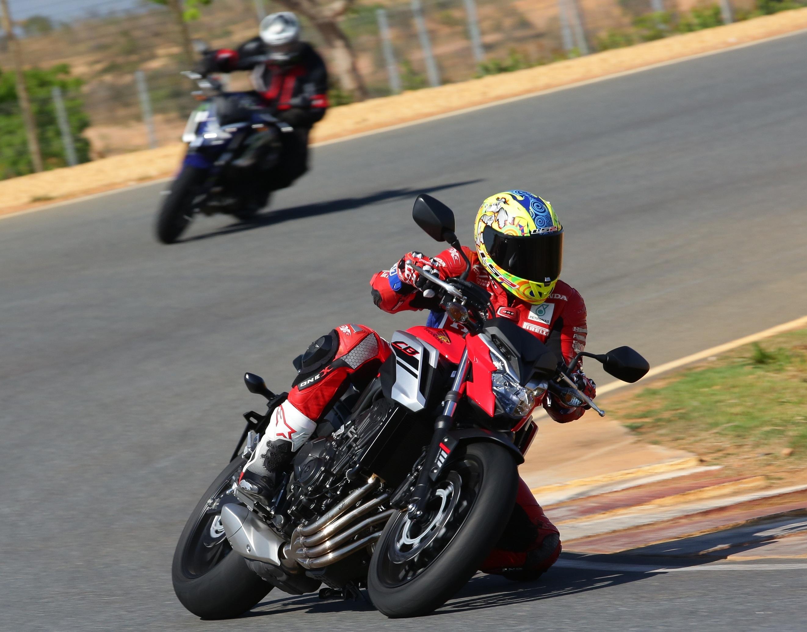CB 650F Caio Mattos/Honda/Divulgação