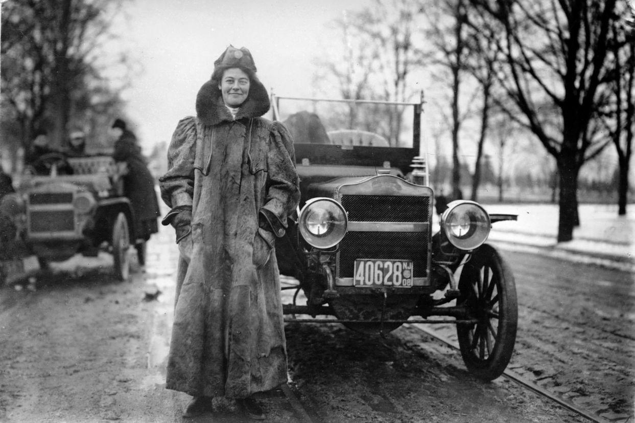Alice Ramsey em 1886 (Automotive Hall of Fame/Reprodução)