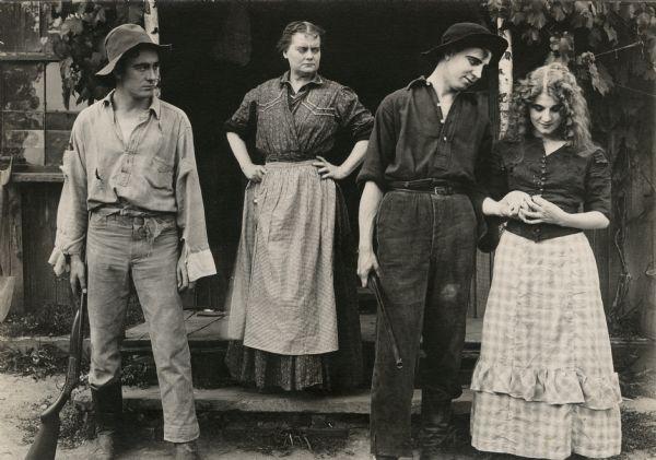 florence lawrence a direita 1912 wikipedia