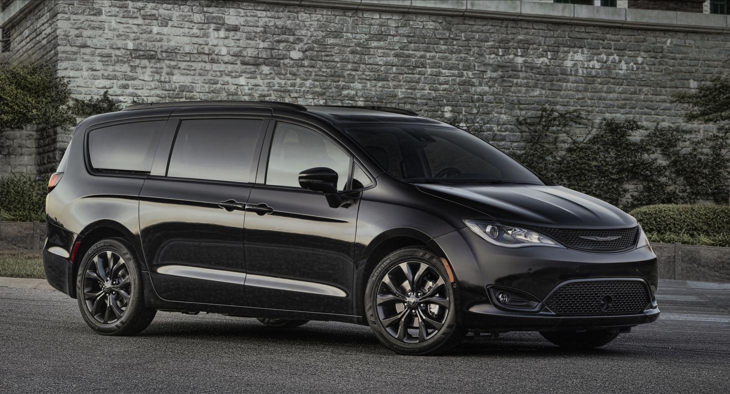 Chrysler Pacifica, com design de Irina Zavatski (FCA/Divulgação)