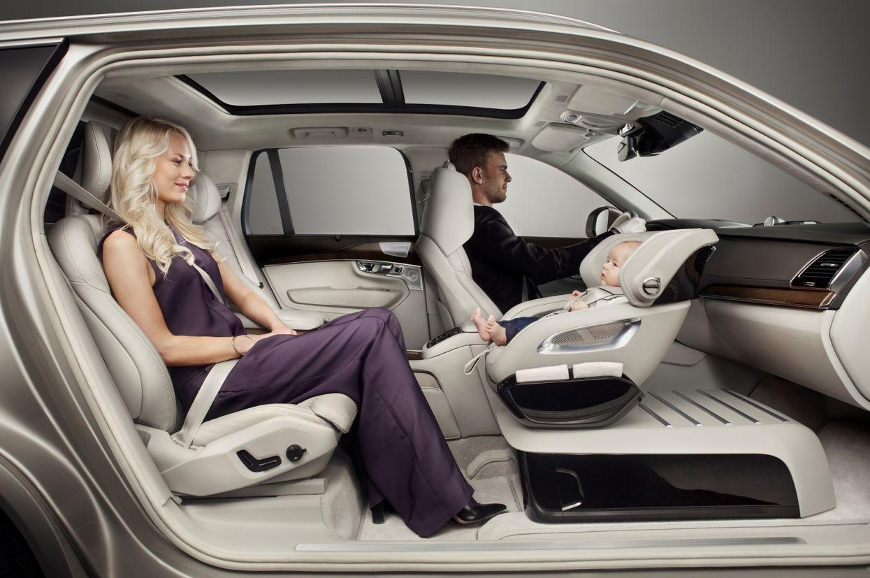 Um dos conceitos projetados por Tisha Johnson, a cadeira infantil Excellence Child Safety Seat Concept (Volvo/Divulgação)