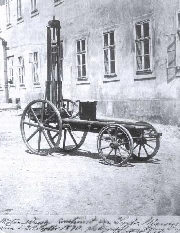 Engenheiro alemão Siegfried Marcus construiu o primeiro carro do mundo?