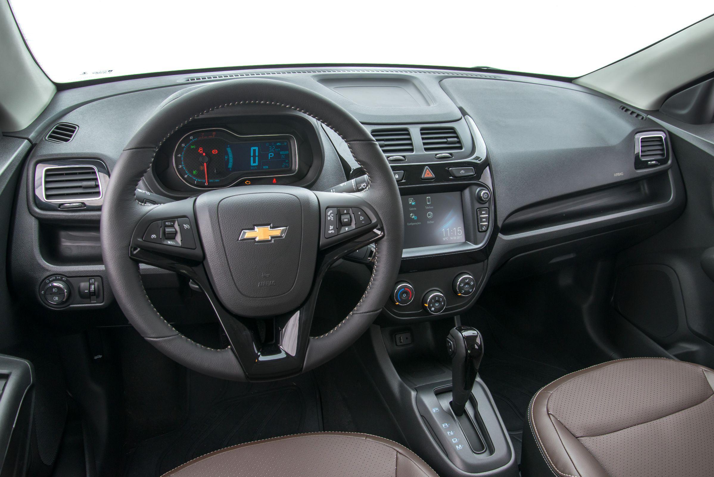 Chevrolet Cobalt 2018 sedã médio