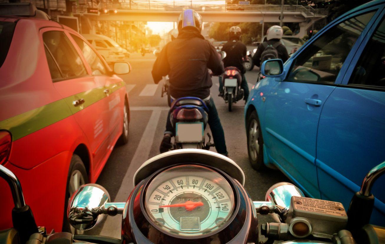 moto no corredor