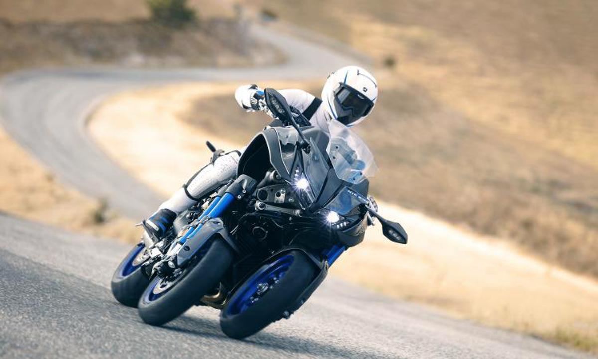 Yamaha Niken tem visual futurista e três rodas