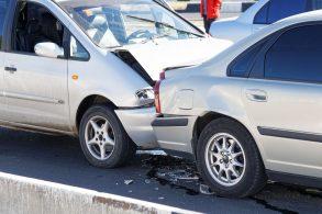 Sofreu ou causou um acidente de trânsito? Saiba o que fazer