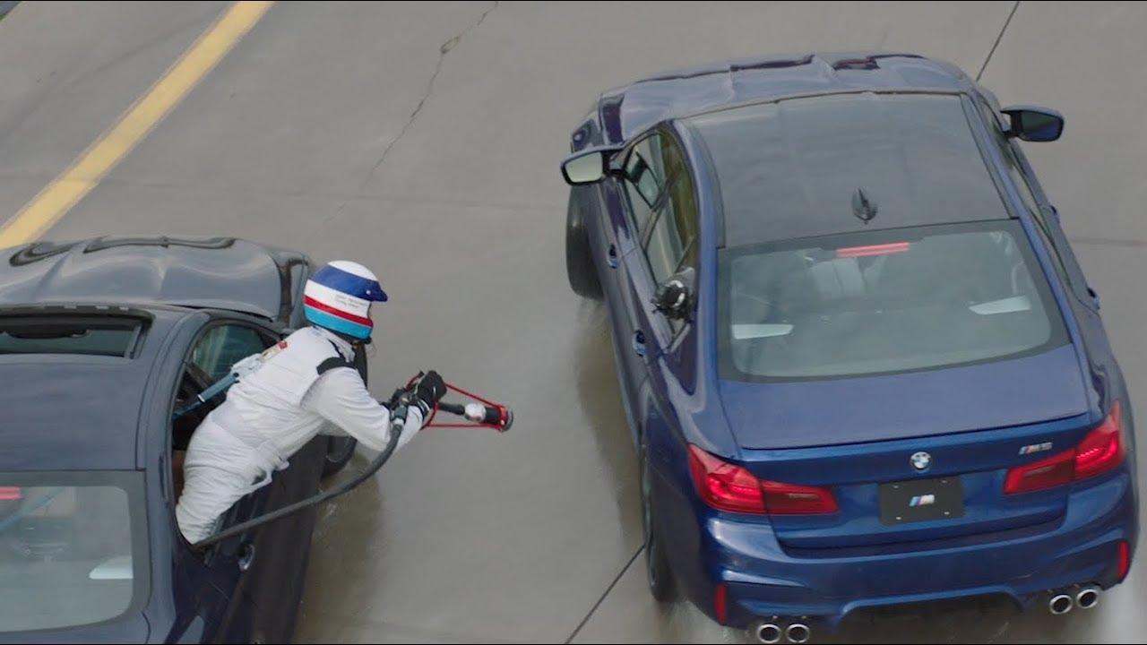 BMW se inspira em aviação militar para recorde de drift mais longo