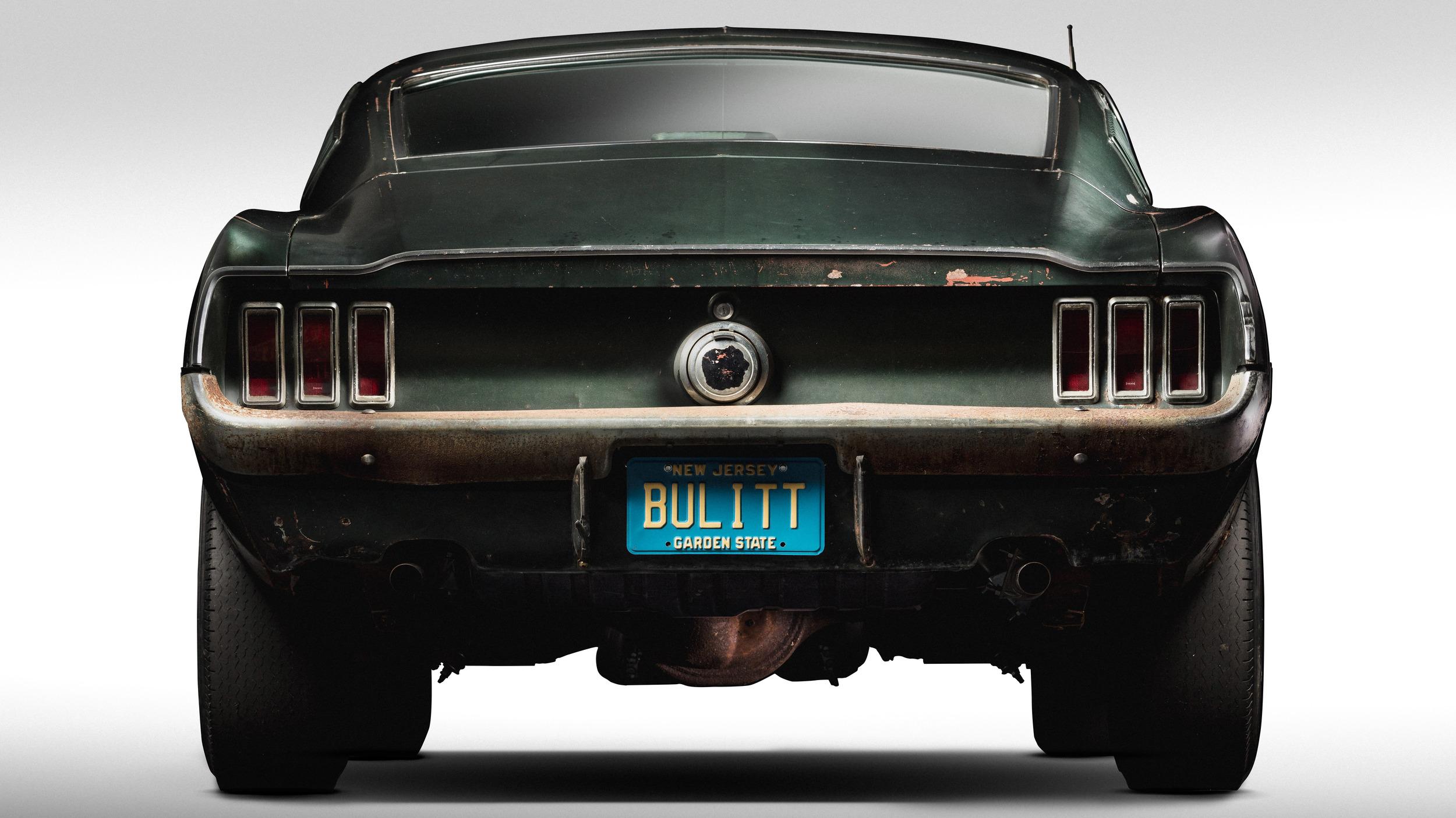 Ford Bullitt Mustang guiado por STeve McQueen