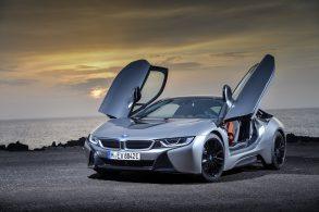 BMW i8 dá as caras em Detroit com leves modificações