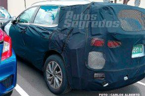 """Novo Hyundai Santa Fe já """"dá voltinhas"""" por aqui"""