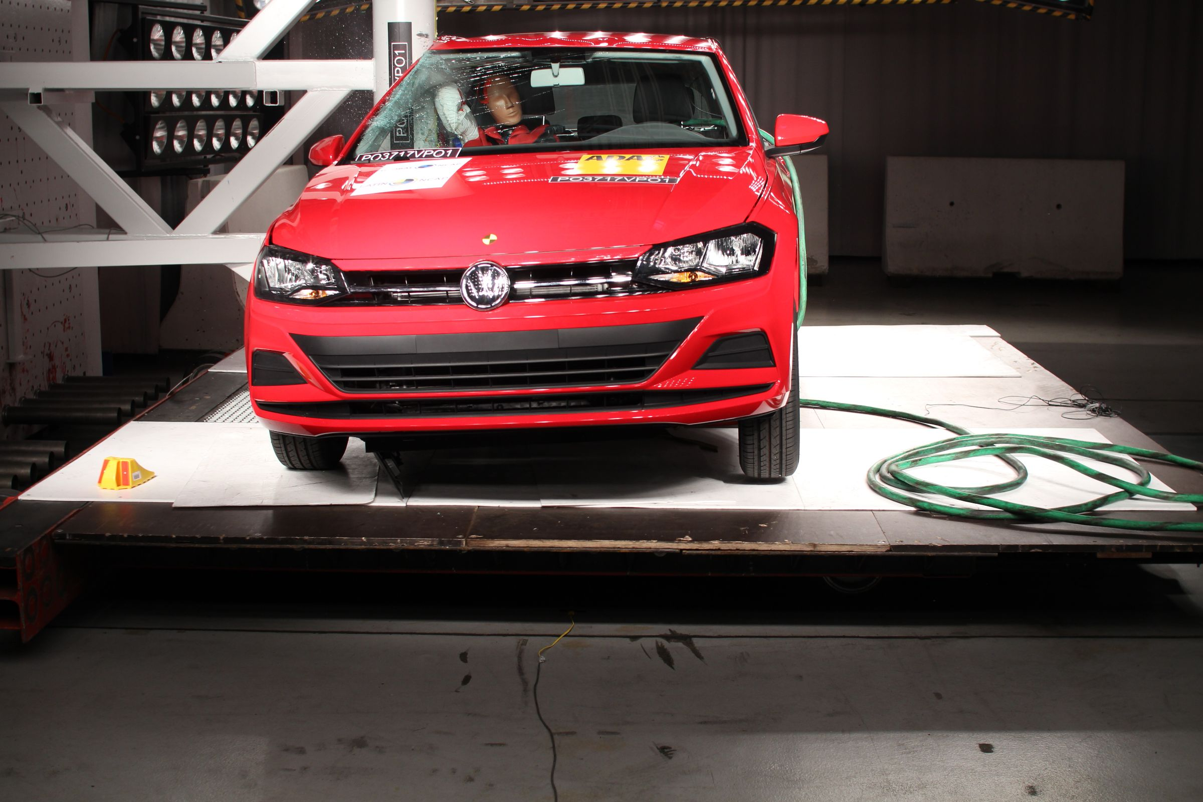 Em crash test,VW Virtus obteve nota máxima