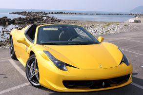 Manobrista entrega Ferrari 458 Spider para motorista errado