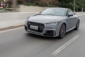 Audi TT RS Coupé chega com 400 cv e valor de R$ 425 mil