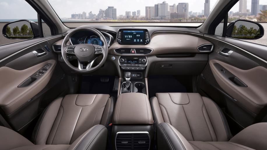 Hyundai Santa Fe 2019 será lançado em Genebra, em março. SUV coreano chega maior e com mais tecnologia.