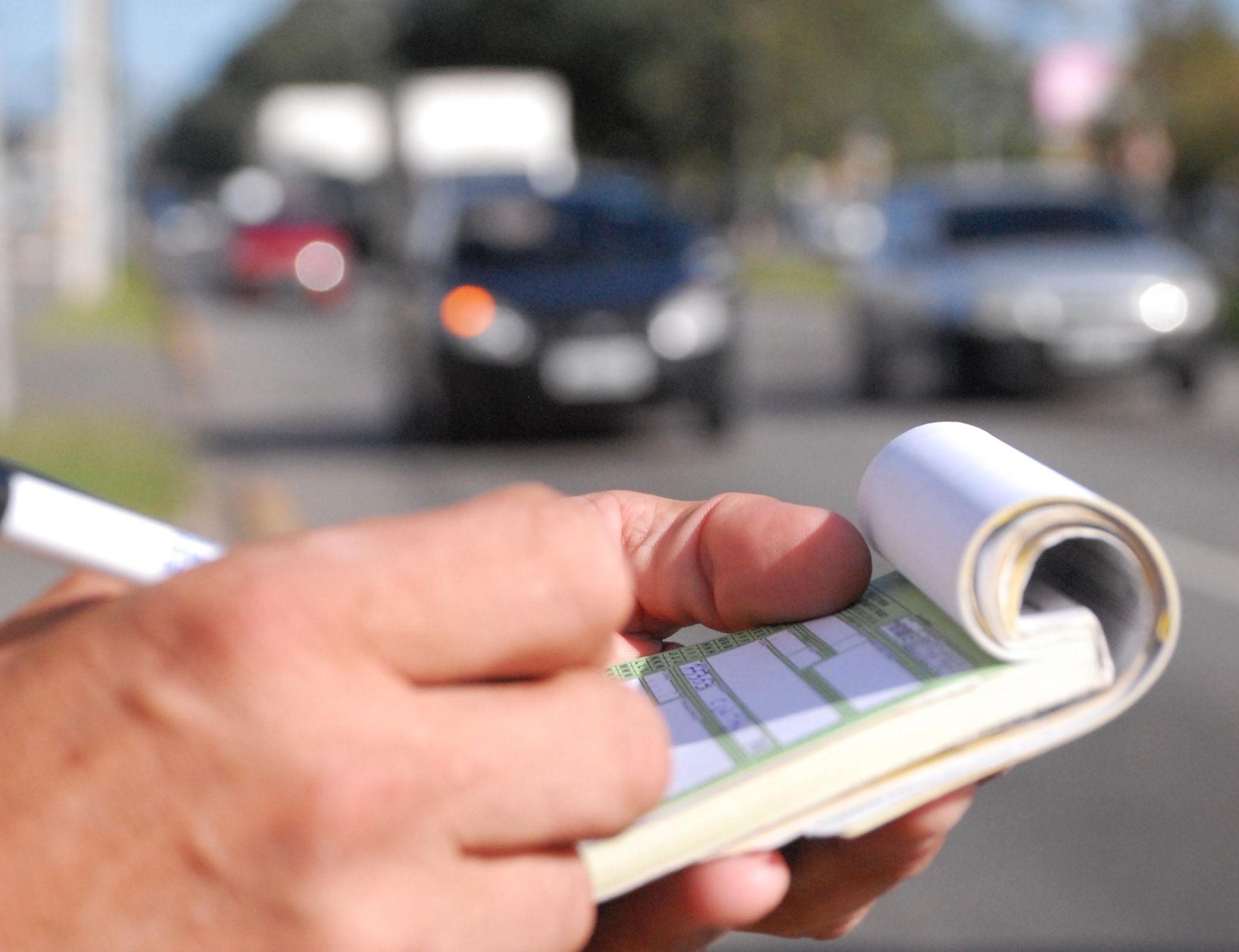 Contran aprova mudanças para o pagamento de multas de trânsito. Possibilidade do parcelamento no cartão de crédito foi publicada no DOU.