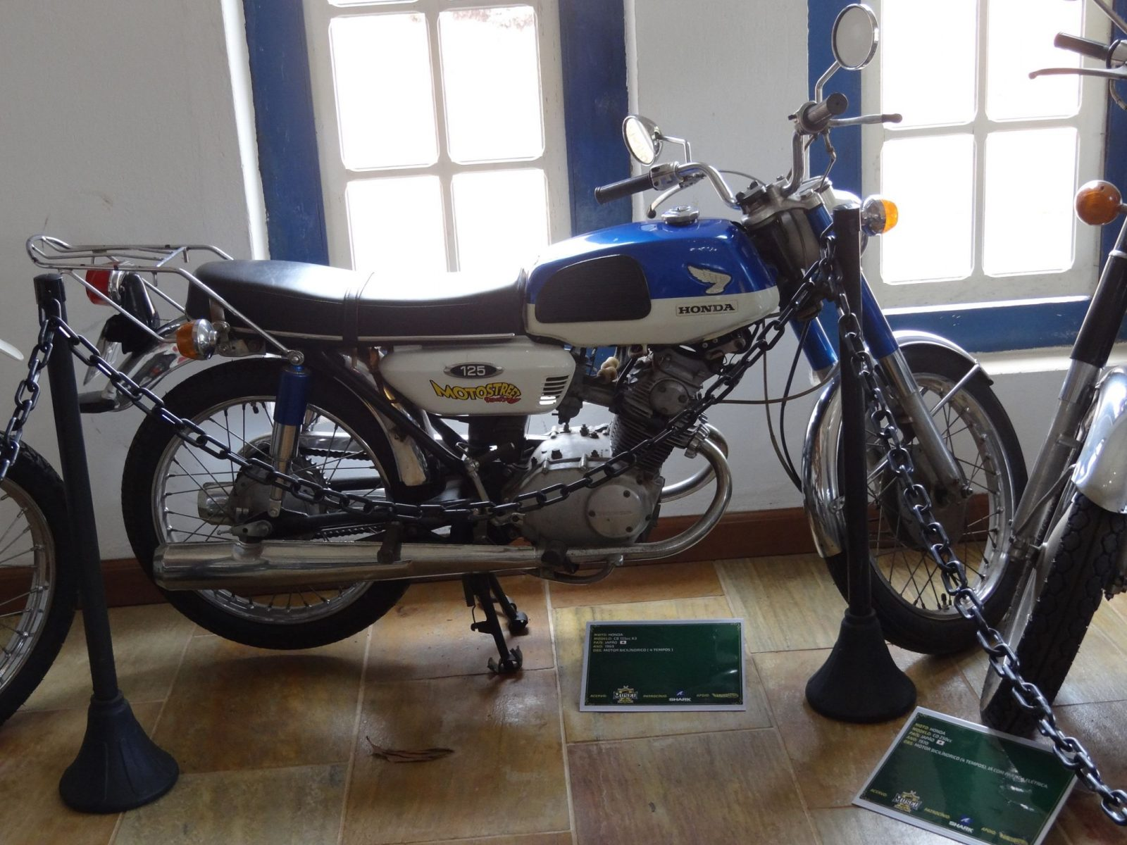 honda cb 125 japonesa ano 1969 com dois cilindros