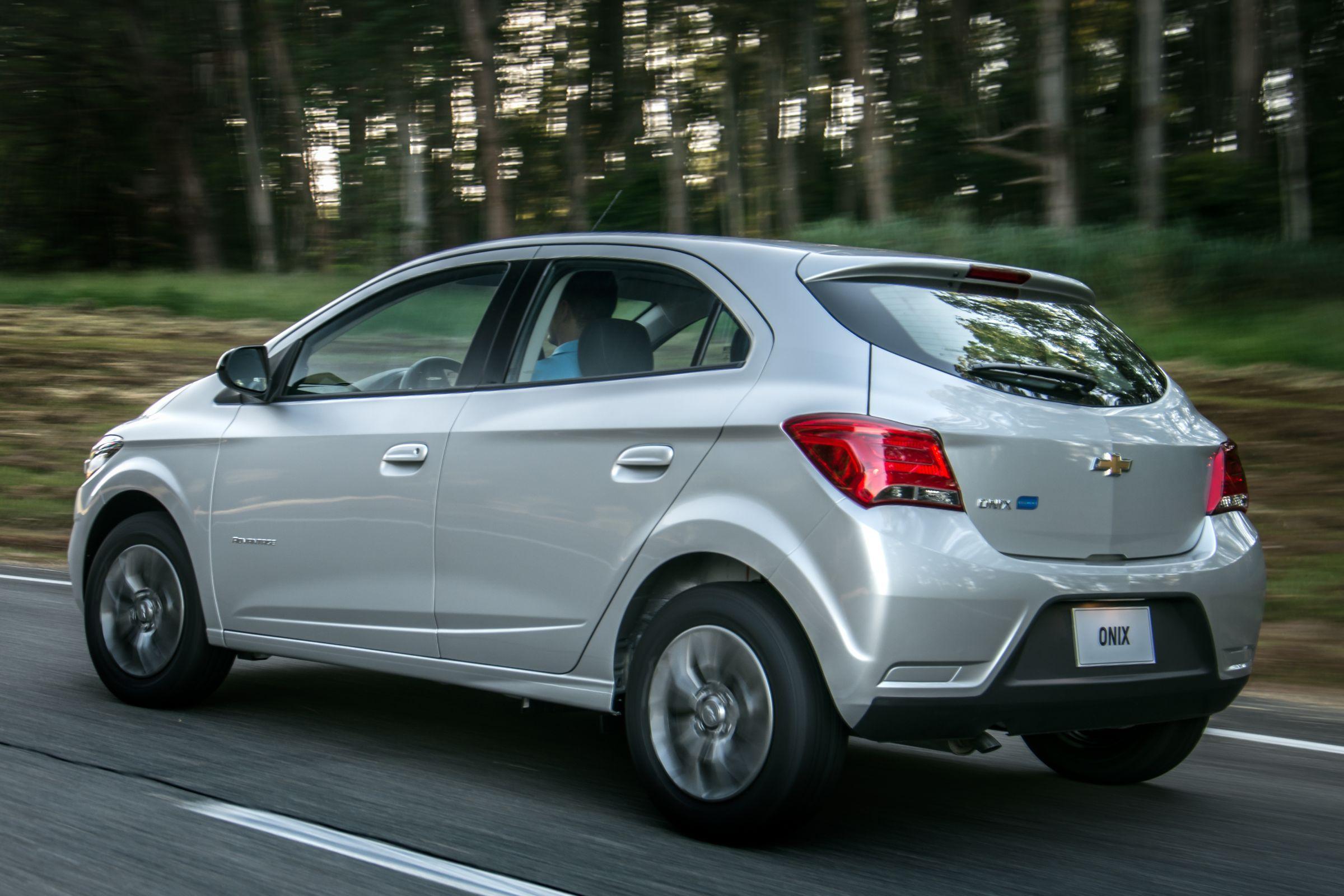 Chevrolet Onix Advantage é opção mais em conta da gama a oferecer câmbio automático de seis marchas