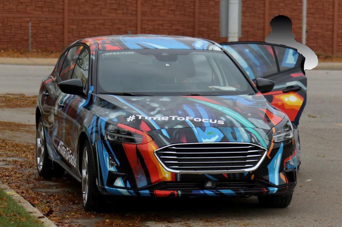 focus hatchback 002 2018