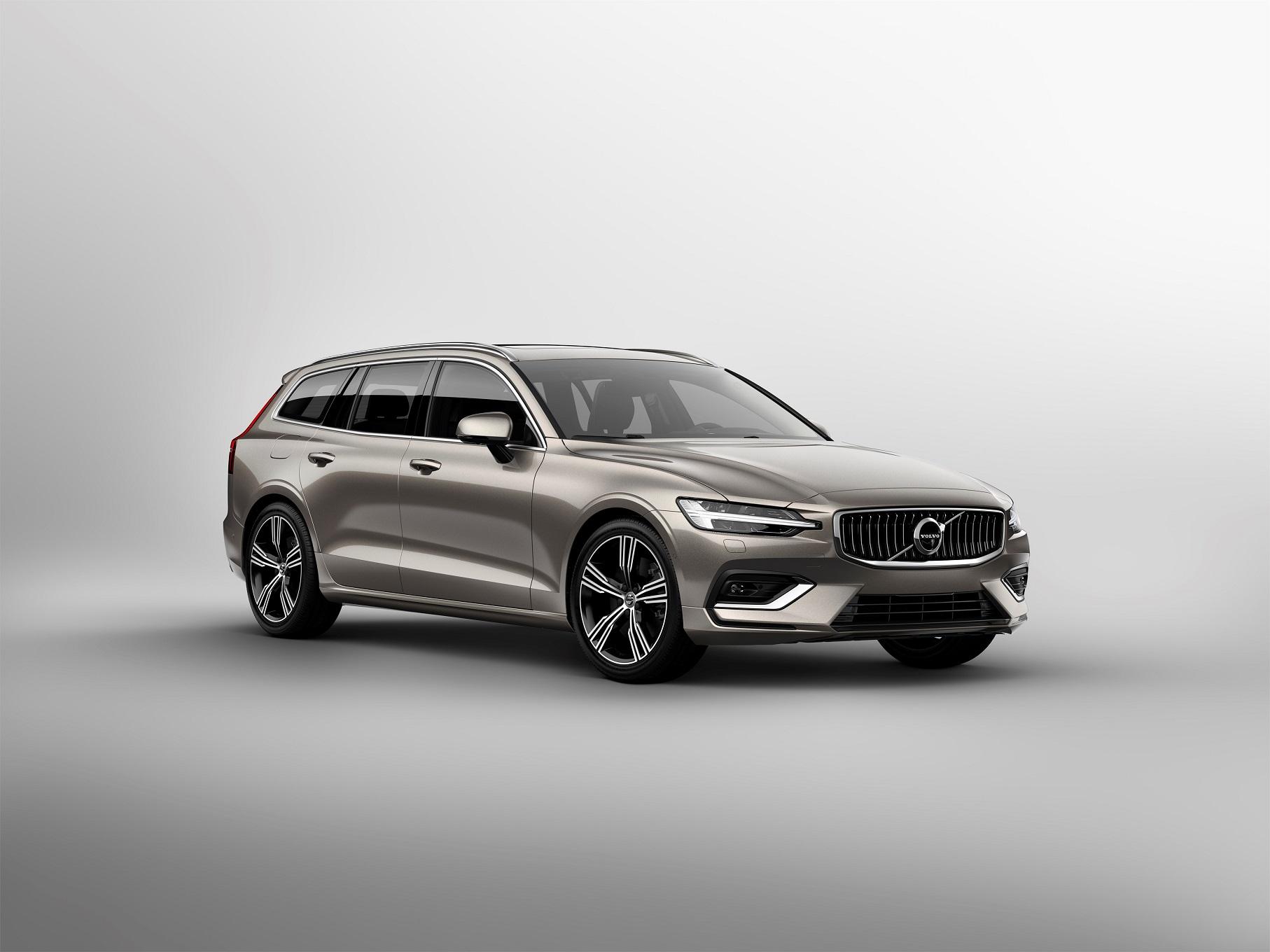 Volvo V60 2019: Embora gosto seja pessoal, algumas modinhas no design merecem destaque: seja o estilo dos carros chiques, ou a completa falta de noção dos carros bregas.